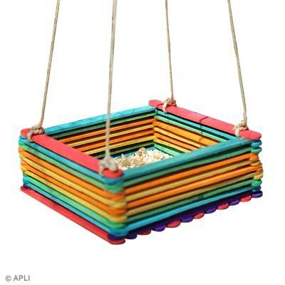 diy fabriquer une mangeoire pour oiseaux id es conseils et tuto activit manuelle enfant diy. Black Bedroom Furniture Sets. Home Design Ideas