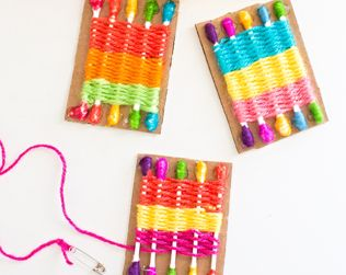 HOW TO MAKE A Q-TIP WEAVING LOOM FOR KIDS