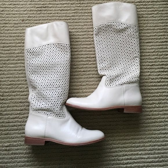 Corso Como Samantha Boot 7 1/2 M. Off White Corso Como Shoes Winter & Rain Boots