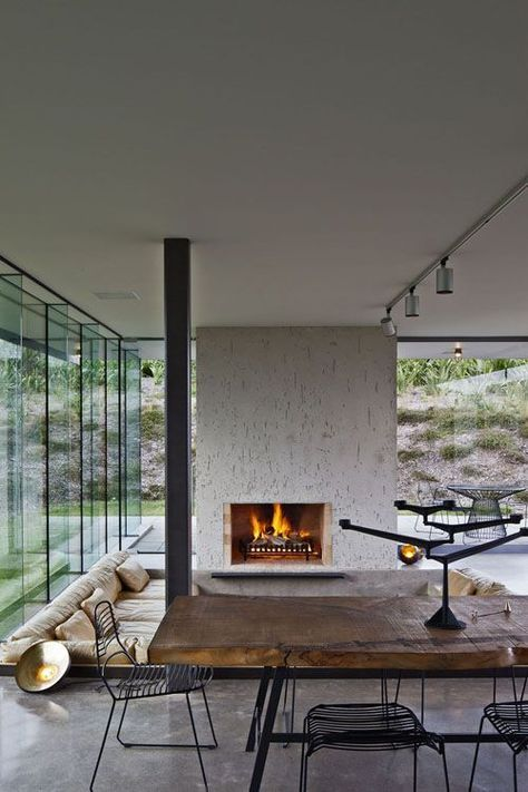 Coole Einrichtung airy rooms and cool interior create a modern californian living