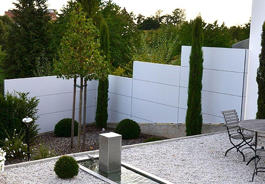 Sichtschutz | Gardomo Design-Gartenhäuser | Sichtschutzwand ...