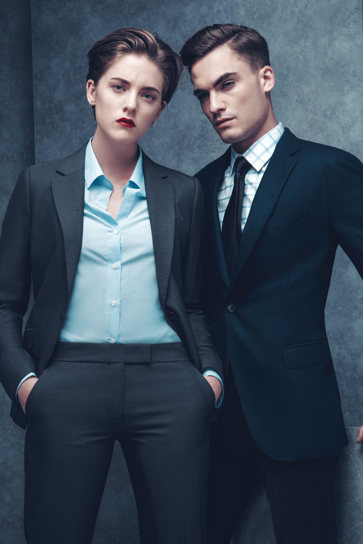 Costume Bruce Field pour homme et tailleur pour femme  9f1cb29ee25