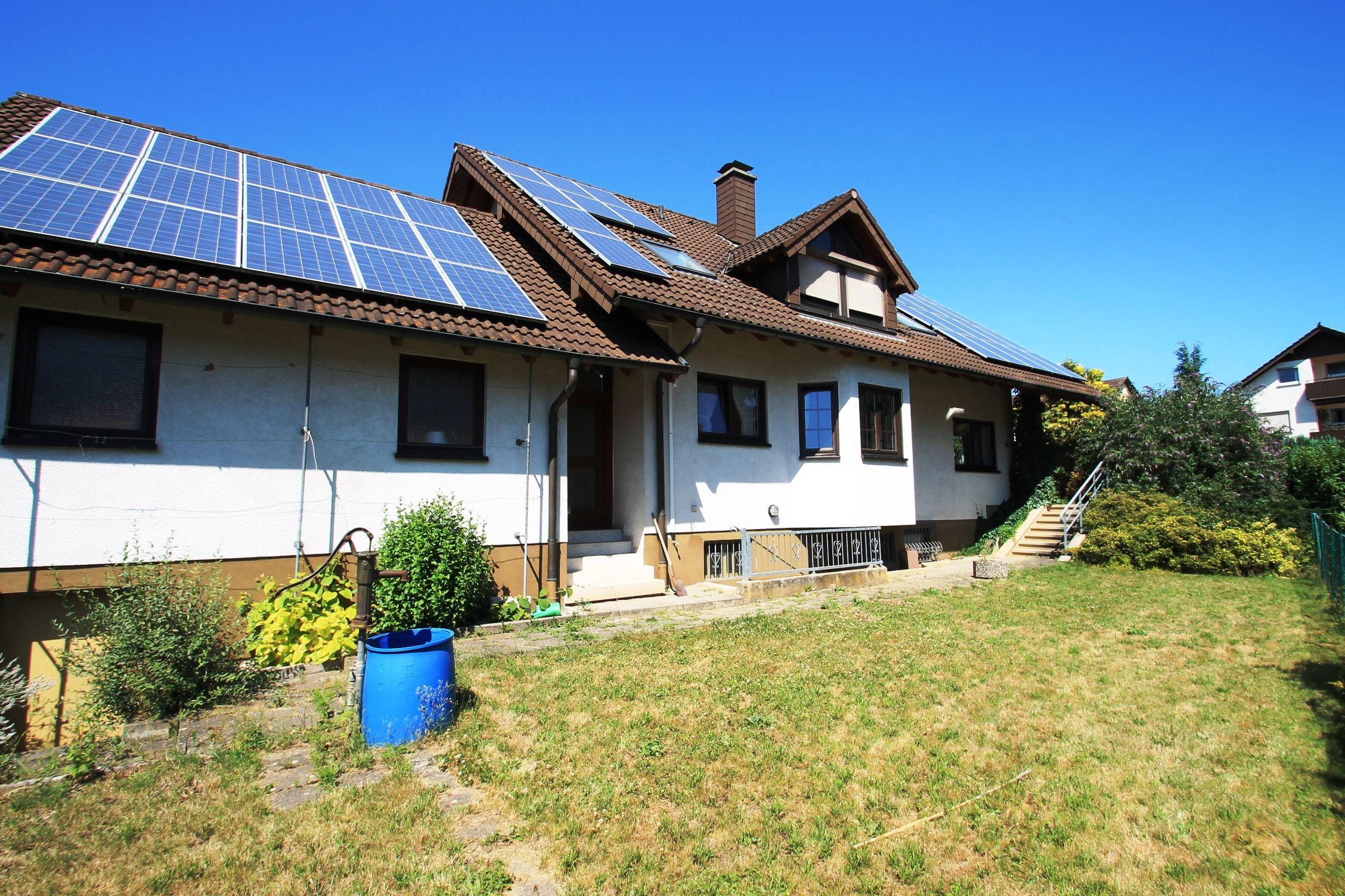 Großzügiges Zweifamilienhaus in KarlsruheGrötzingen Haus