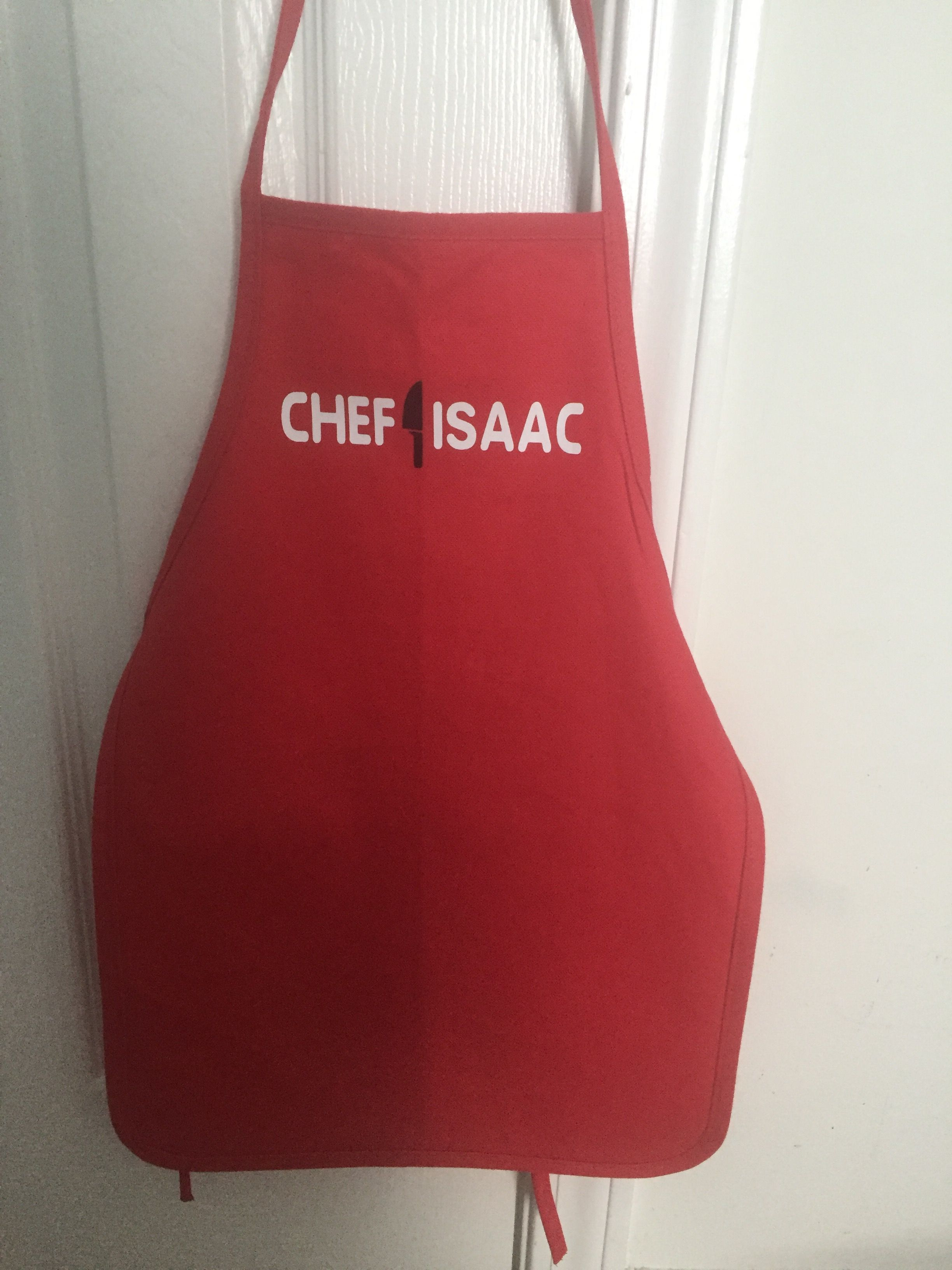 Easy To Make Kid S Aprons Made With Cricut Heat Transfer Vinyl Cricut Heat Transfer Vinyl Kids Apron Heat Transfer Vinyl