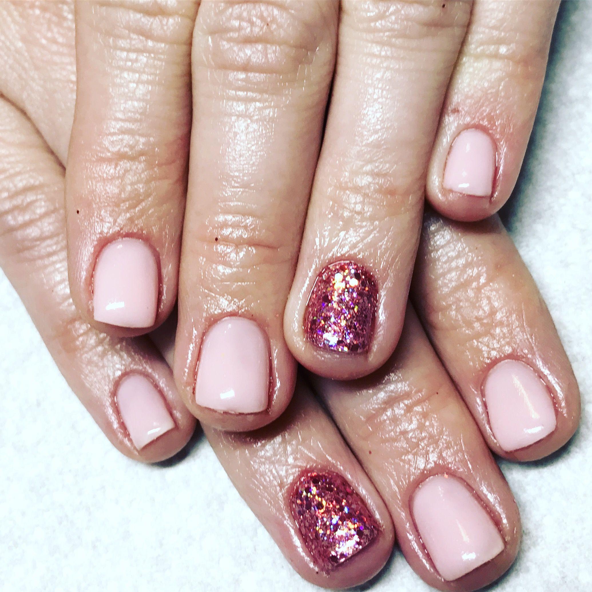 opi bubble bath gel. gel nails. light pink nails. pink nails. rose