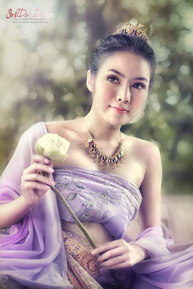 Girls heisse thai 5 Best