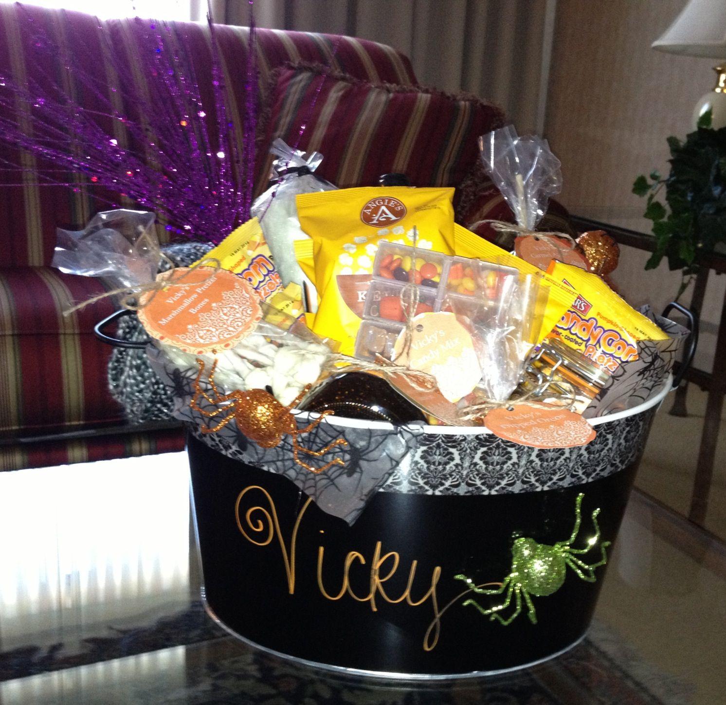 Bridal Shower Gift Basket Climbing On House Halloween: Halloween Gift Basket