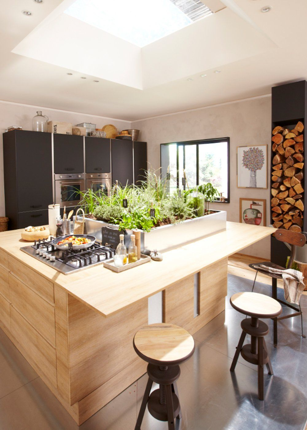 Cuisine Ilot Ce Qu On A Repere Chez Les Cuisinistes Kitchen Furniture Kitchen Kitchen Decor