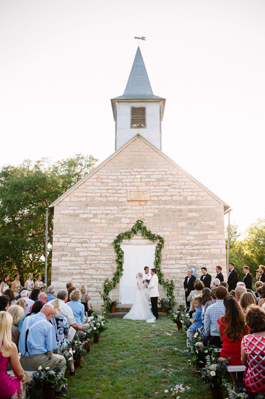 Fredericksburg wedding from caroline plus ben photography