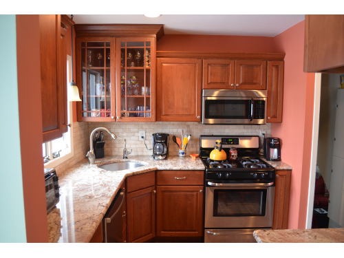 Dream Kitchen Designers And Look For Awesome Makeover Of The Kitchen With  Springfield Custom Kitchen.