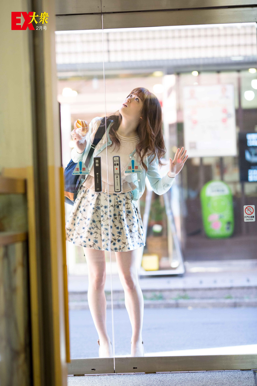 松村沙友理 流行のドレス 女性の服装 ファッションアイデア