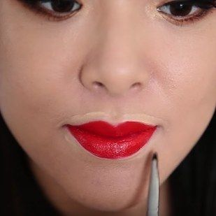 Outline Your Lips With Concealer After Painting Them For Stronger