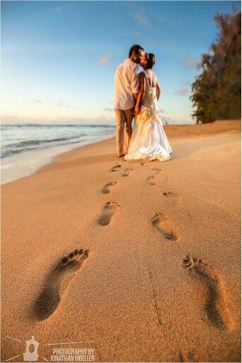 Trash The Dress Bride Groom Kauai Hawaii Ke E Beach Wedding
