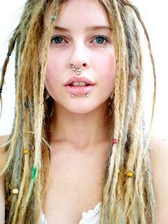 "beautiful - love the ""thinness"" of the individual dreads."