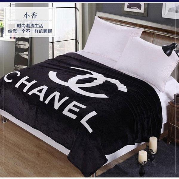 シャネルエアコン毛布 Chanel敷きパッド 夏用薄型 お昼寝 エアコン対策 毛布 ひざ掛け 寝具 寝汗対策 激安 掛け布団カバー ダブル 寝具 掛け布団カバー