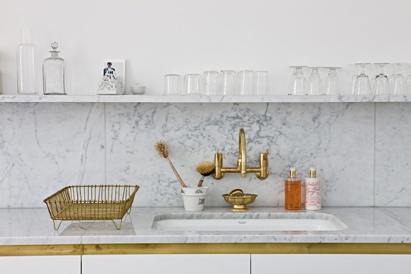 Marble & gold in the kitchen