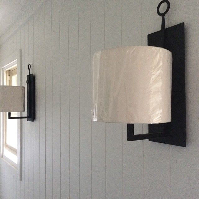 Aspen Iron Wall Lamp Circa Lighting