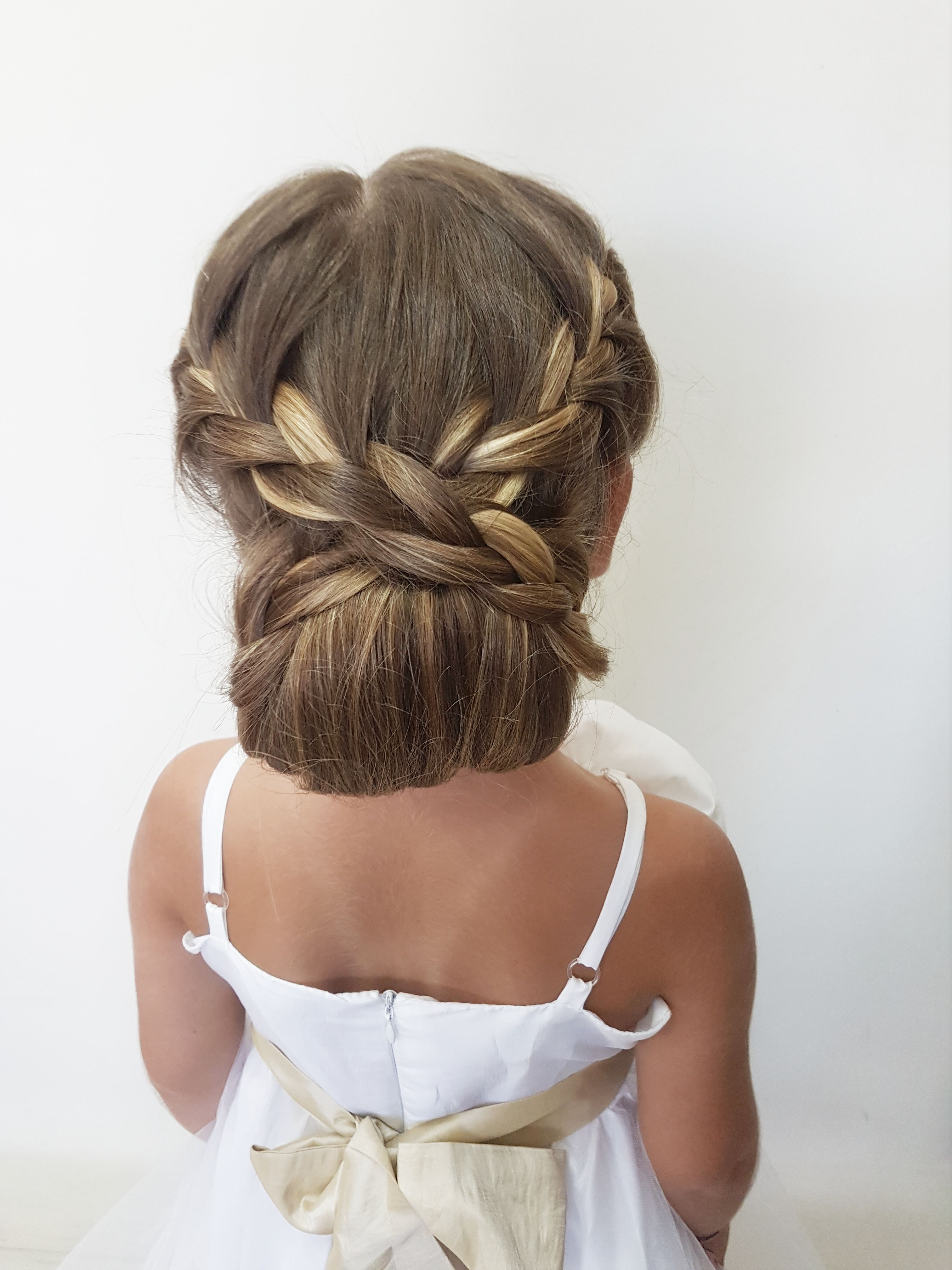 Www Influenster Com R 1184481 Wedding Hairstyles For Girls Little Girl Wedding Hairstyles Kids Updo Hairstyles