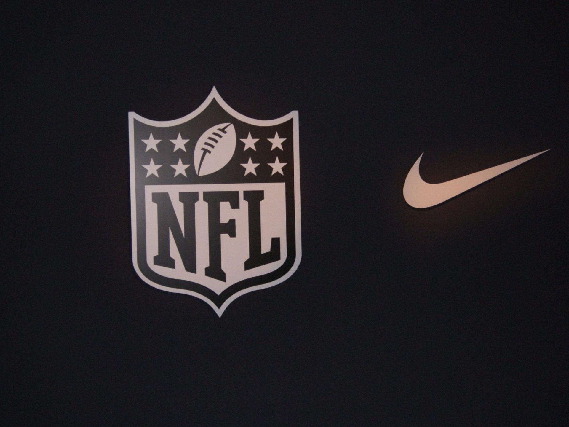 футбол 1 Wallpaper: Nike Football Wallpaper Wallpapers For Laptops Amazing