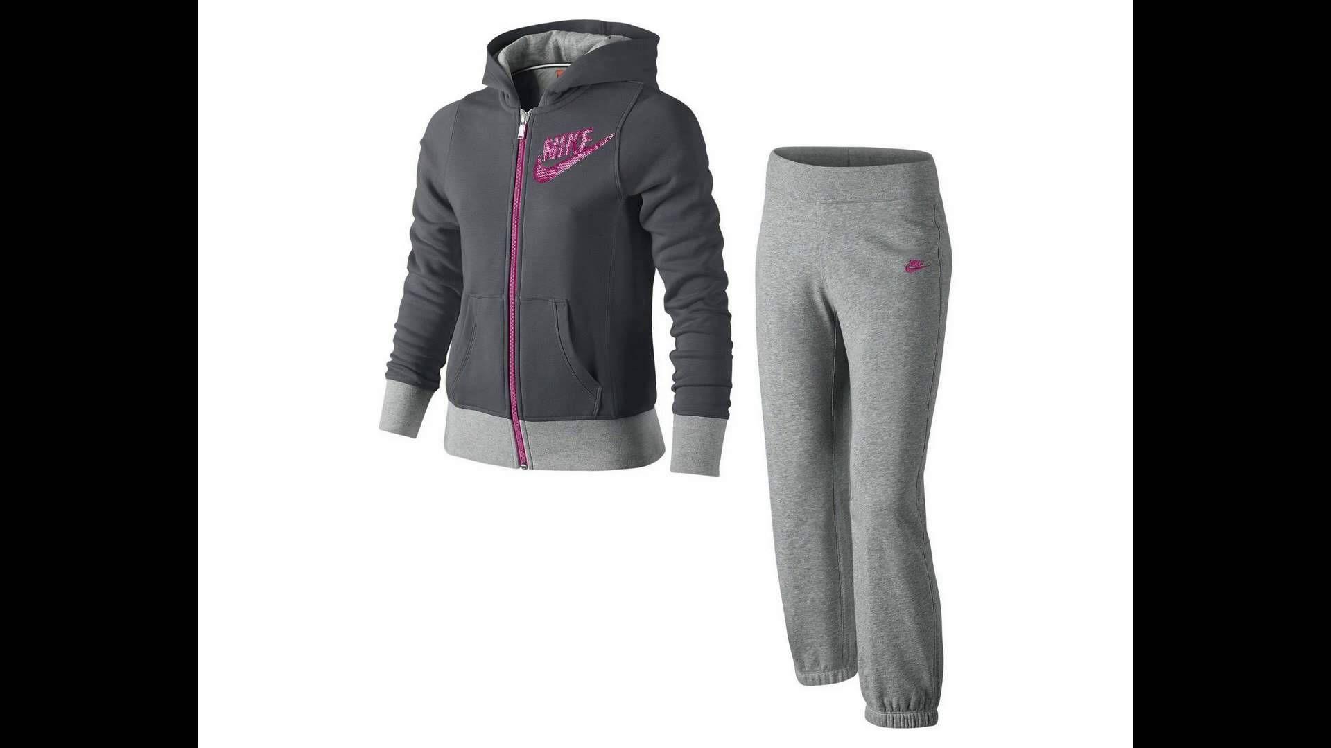 Nike Çocuk Bayan Spor Eşortman Modelleri 2015 http://www.vipcocuk.com/cocuk-spor-ve-gunluk-giyim vipcocuk.com'da satılan tüm markalar/ürünler Orjinaldir ve adınıza faturalandırılmaktadır.   vipcocuk.com bir KORAYSPOR iştirakidir.