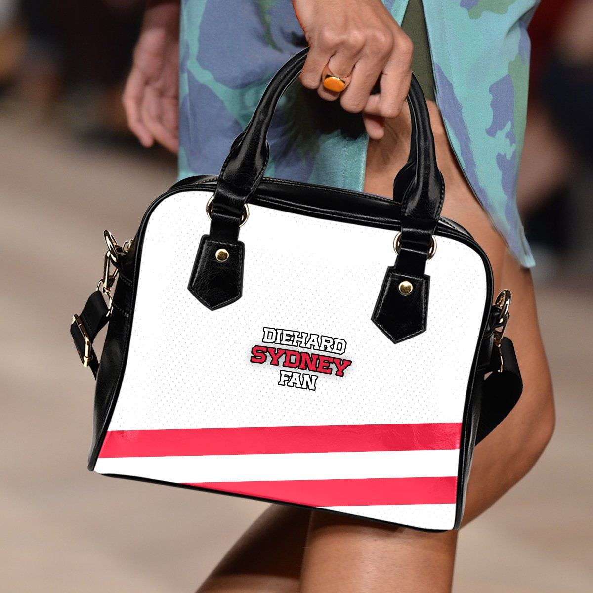 Just in: Diehard Sydney Fa..., buy it now : http://www.therealbigdeal.com.au/products/diehard-sydney-fan-handbag?utm_campaign=social_autopilot&utm_source=pin&utm_medium=pin