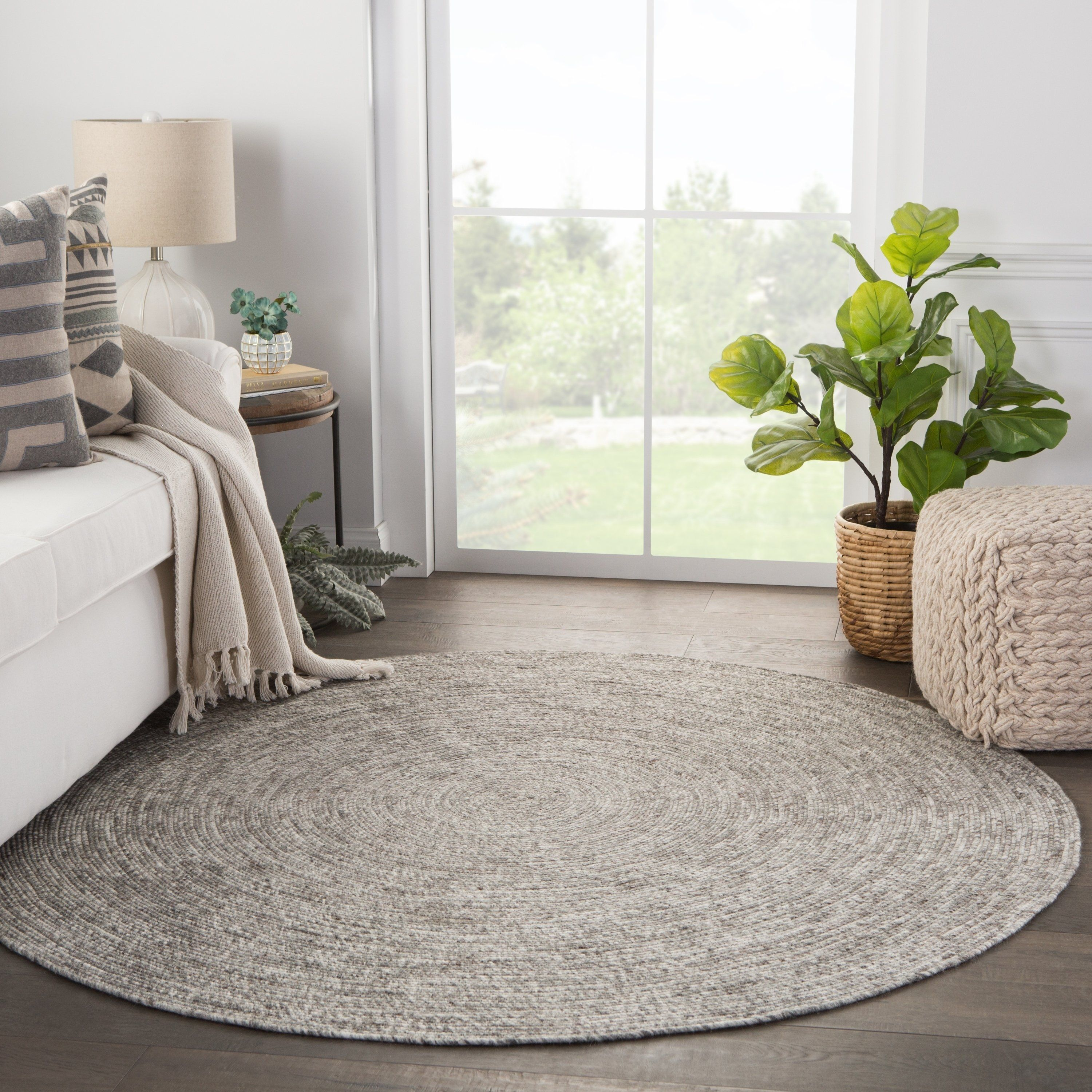 Mindra Natural Solid Round Area Rug 6 Round Gray White