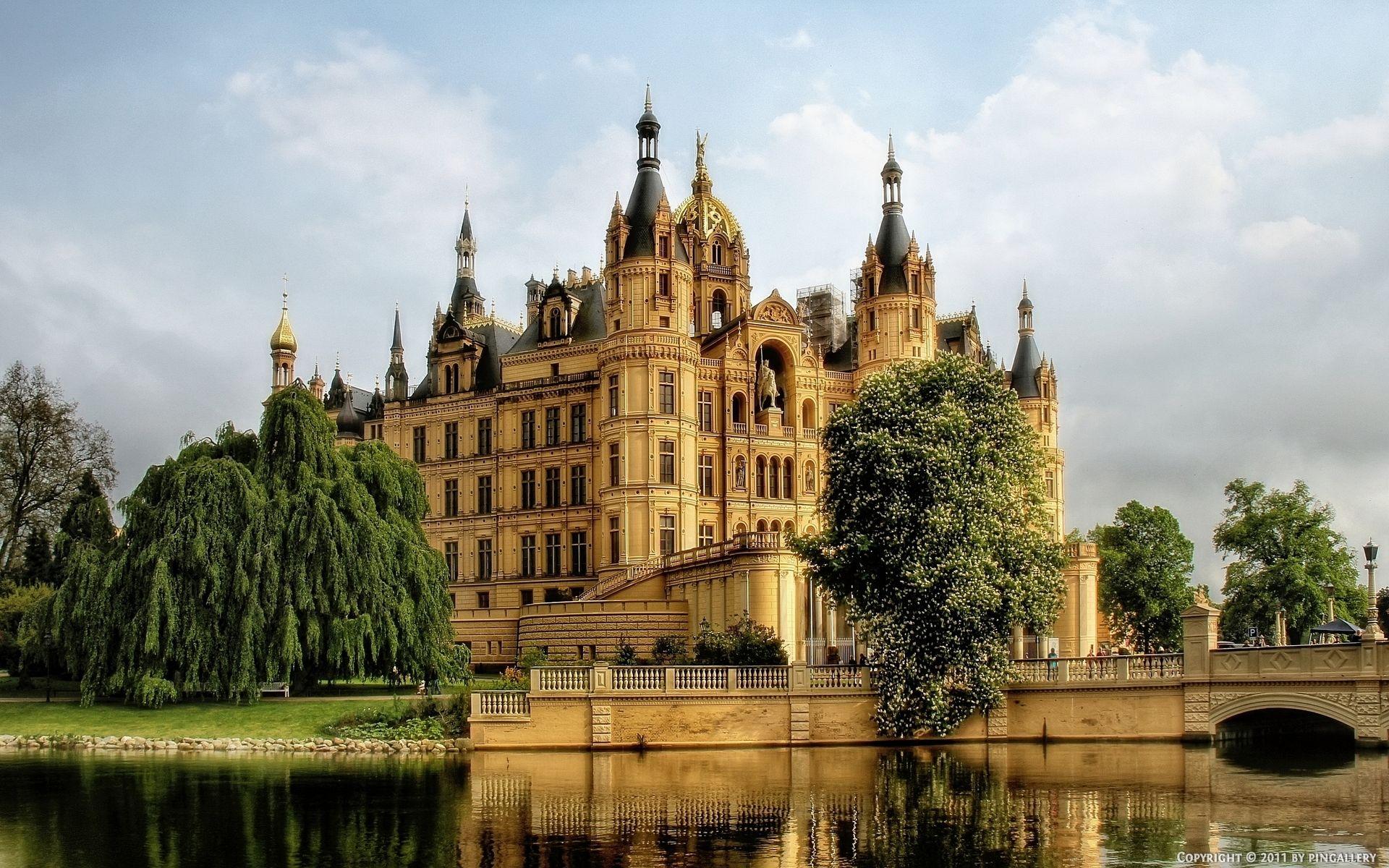 1920x1200 Wallpaper Germany Schwerin Castle Water Trees Deutschland Burgen Schwerin Schweriner See