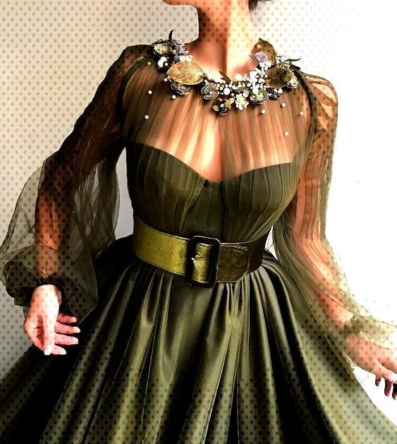 Three Dimensional Evening Dress Models -