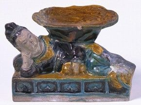 Figure 1 - Ceramic pillow, China, Ming dynasty, 1450-1550, fahua ware. Museum no. C.46-1911