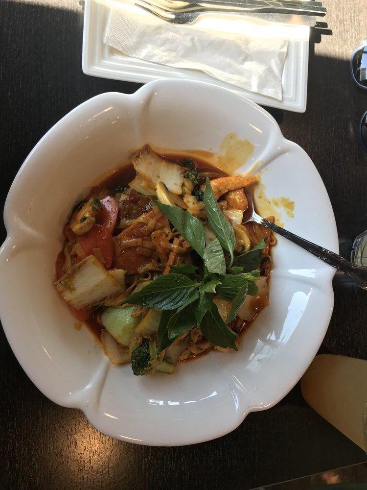 Silicon Valley Goes Vegan At Mint And Basil Vegan Eating Going Vegan Vegan