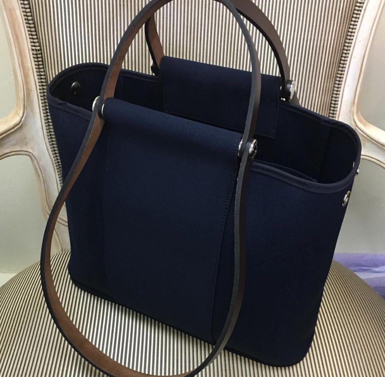 99fd70c8ab15 Model  Hermes Cabag 32 Year  R Color  Blue Indigo Leather  Canvas ...