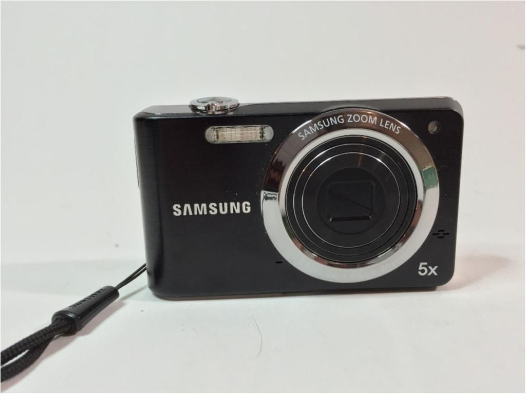 Annons på Tradera: Samsung PL80, Digitalkamera, 12.2MP, 5X Optical Zoom