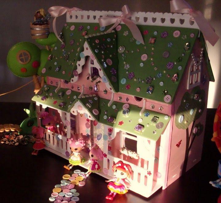 Hand Built Lalaloopsy Dreamy Bejeweled Dollhouse {Lemons To Gelato}. Sew  Creative!