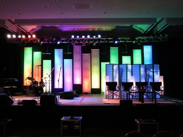 Wood Walls Blocked and Shadowed | Church Stage Design Ideas ...