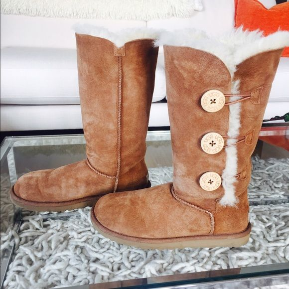 Ugg Chestnut Baily Boots Size 6 but can fit a 6.5 (which is what I am). Worn only once! Moved to LA and never use them; gets too warm for me (the boots of course :-) In EXCELLENT condition, no stains or marks! The Baily's are super cushy and warm. No box- moved to a smaller place and had to get rid of lots of things! Uggs Shoes Ankle Boots & Booties