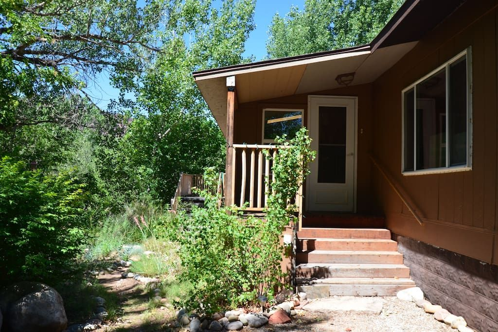 Bed breakfast in moab united states close to city but