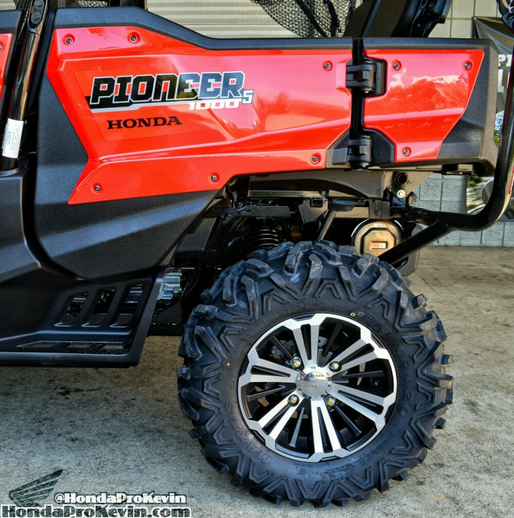 2016 Pioneer 1000 5 Ride Review All New Honda Sxs Utv Side By Side Atv Honda Pro Kevin Honda Pioneer 1000 Honda New Honda