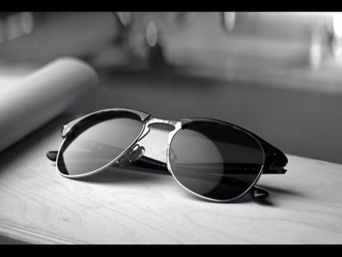 A glimpse at Scott Eastwood x Persol, directed by Andrew Dominik ...