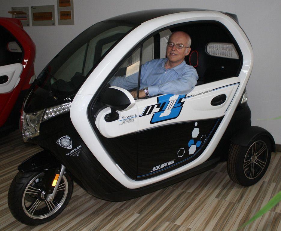 Www 25km De Autofahren Ohne Fuhrerschein 25km Mofa Auto 25km Dreiradriges Kleinkraftrad Geschlossen Fahrzeuge Kleinkraftrad Autofahren