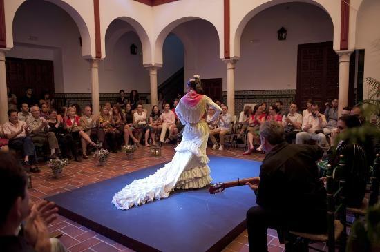 Flamenco tradicional en una casa del siglo XV