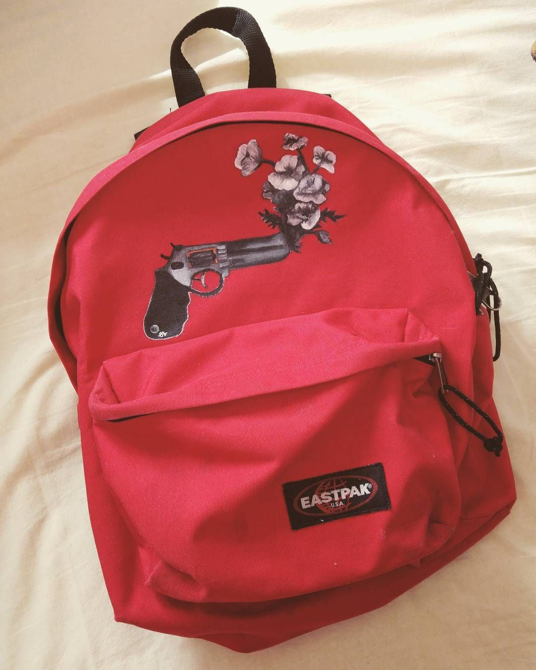 red painting gun flower Eastpak art passion Diy paint Eastpak E9DYWH2I