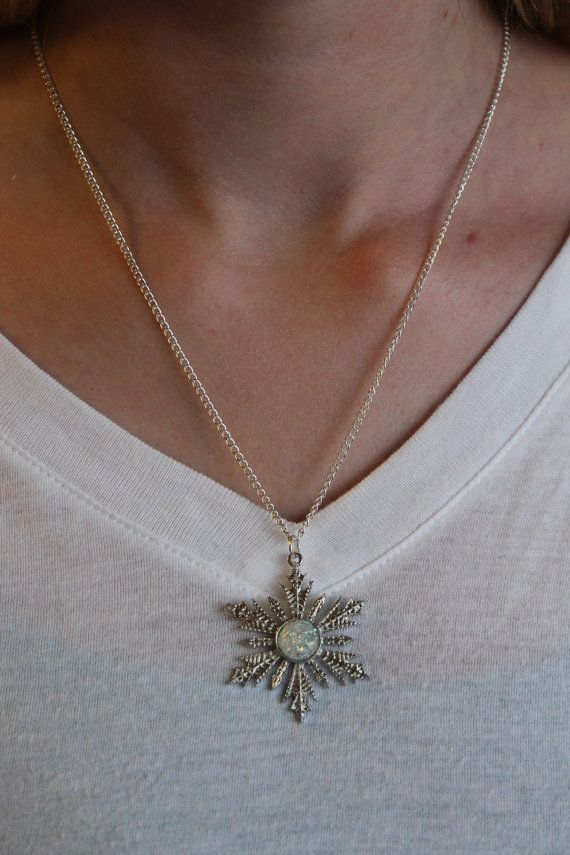 Frozen Anna/'s snowflake Necklace ONce Upon a Time