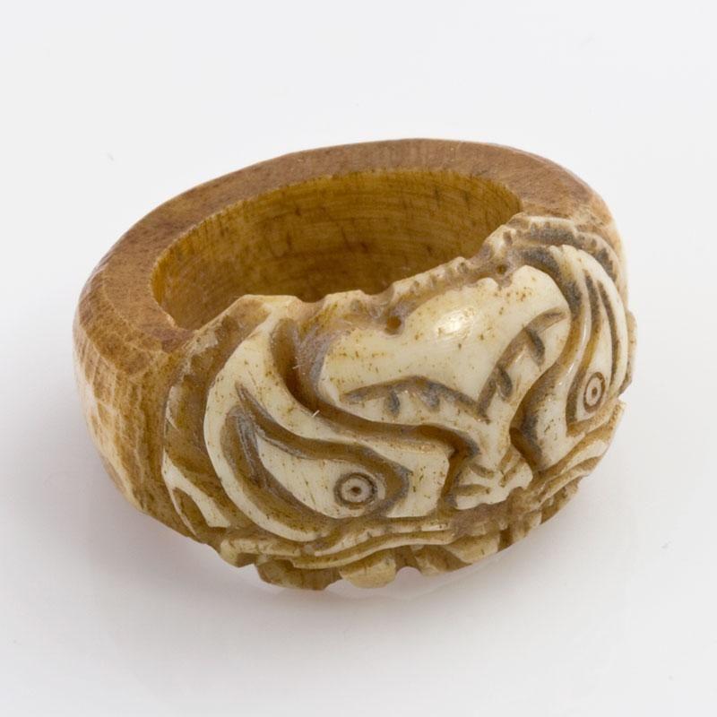 Rgiv123a Vintage Tibetan Carved Yak Bone Ring Size 71 2 Bone Ring Carving Vintage