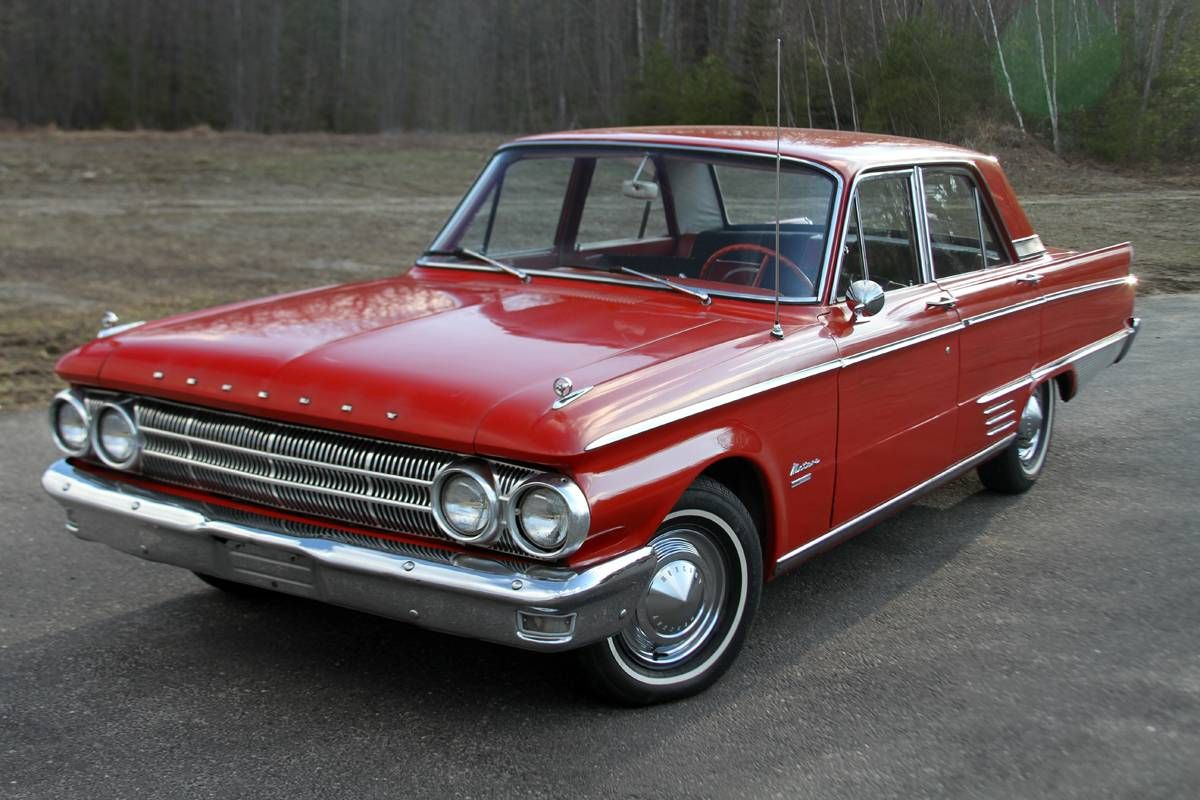 1962 Mercury Meteor Custom 4 Door Sedan With Images Mercury Cars