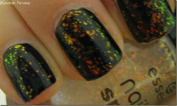 *Essence [Nail Art: Special Effects Topper] - Night in Vegas / SpectrumPersonae [Layered over Black]