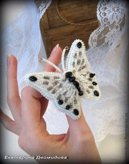 """Броши ручной работы. Ярмарка Мастеров - ручная работа """"Lillian"""" брошь-бабочка. Handmade."""