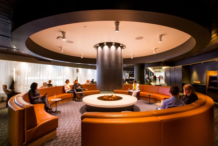 Qantas And Partners Ba Cathay Pacific Open New Lounge At Lax Thedesignair Lounge Interiors Airport Lounge Lounge Design