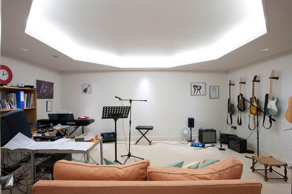 #HomeOwnerBuff The converted attic to music room idea for your room.