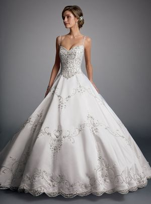 Bridal Gowns: Eve Of Milady Princess/Ball Gown Wedding Dress with Sweetheart Neckline and Basque Waist Waistline