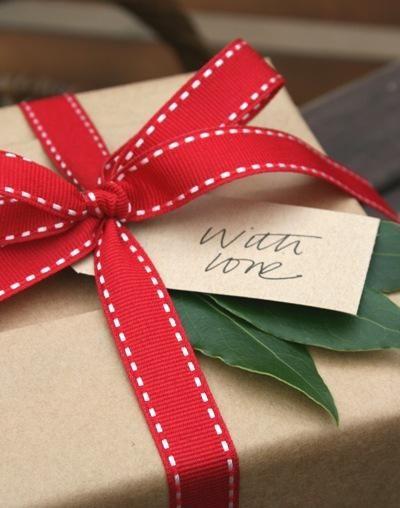 Presents sent \u2014 with love Envolver regalos de forma original